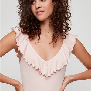 NWT Aritzia Wilfred Danette Rose Quartz Bodysuit